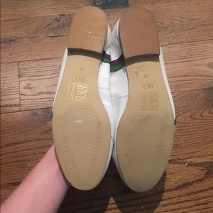 Urban Outfitters Shoes - Euc Urban Outfitters flats tree decorative flat 39